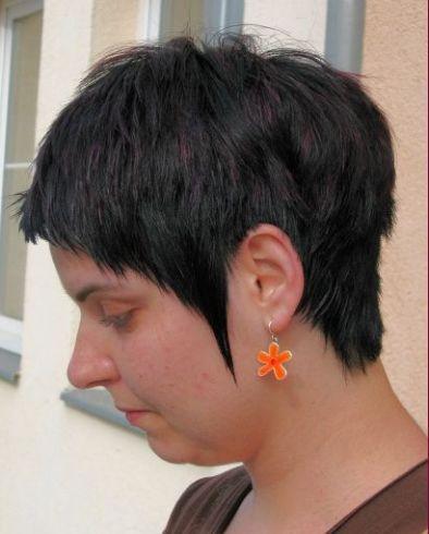 ... vaše vlasy: střih pro krátké vlasy, styl denní, oválný obličej