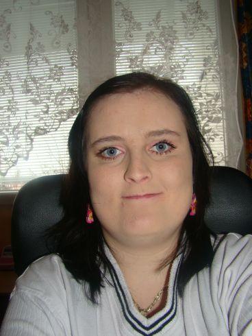 Můj účes pro vaše vlasy: střih pro polodlouhé vlasy, styl rovný ...