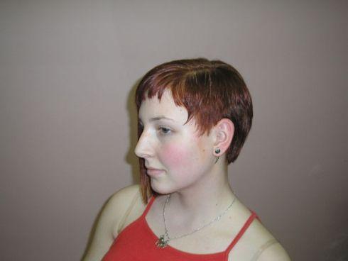 účesy krátké vlasy